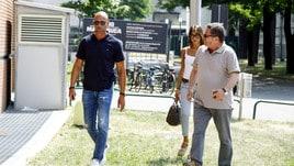 Stefano Bettarini all'ospedale per il figlio