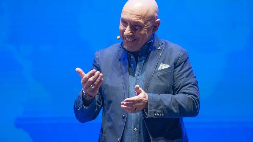 Maurizio Battista protagonista del Centrale Live