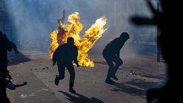 Francia: polizia uccide 20enne, scontri