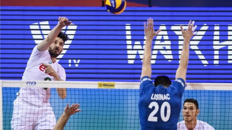 Volley Superlega - Il martello Todor Skrimov a Vibo Valentia