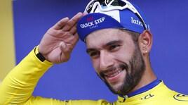 Tour de France, vince Gaviria allo sprint: Froome cade e perde 51''