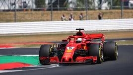 F1 Gran Bretagna, Vettel scatta in testa