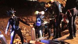 Thailandia, primi quattro ragazzi fuori dalla grotta. Nelle prossime ore gli altri otto
