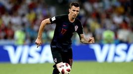 Croazia, maxi schermo e birre per tutti: offre Mandzukic!