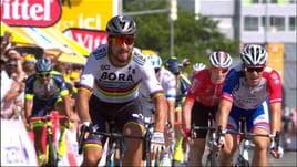 Tour, 2° tappa - Tante cadute, Sagan si prende la gialla