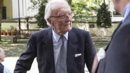 GB: orto 99enne lord Carrington