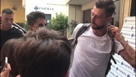 Lazio, l'arrivo di Acerbi alle visite mediche