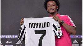 Juventus, Cuadrado dona il 7 a Cristiano Ronaldo