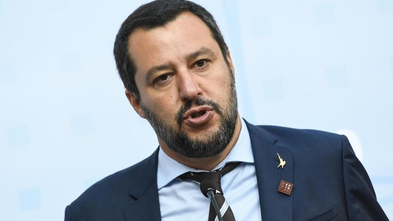 Salvini a Conte,migranti a Malta o Libia