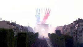 La Coppa arriva a Parigi, la festa è uno spettacolo