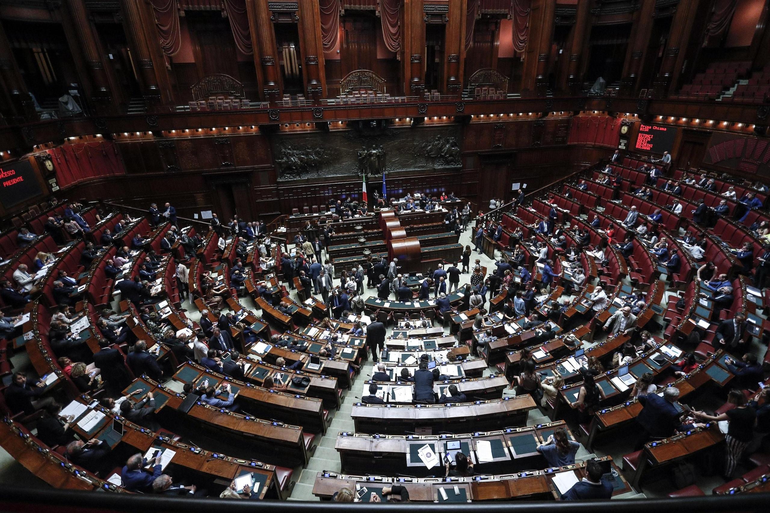 Rai parlamento sceglie 4 membri per cda corriere dello for Parlamento rai