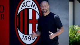 Milan, Pepe Reina arriva a Milanello