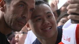 Buffon, accoglienza da star in Asia