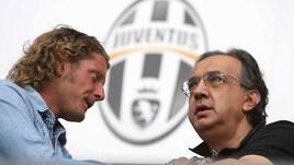 Juventus con il lutto al braccio per ricordare Marchionne