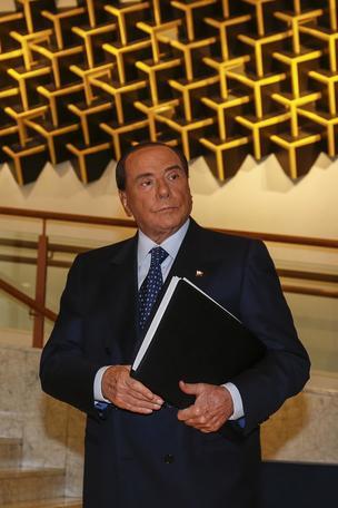 Berlusconi,nel giro di poco fine governo