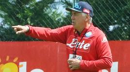 Ancelotti allontana Cavani: «Solo voci, ho già un Napoli fantastico»