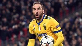 Juventus, Caldara al Chelsea congela Higuain