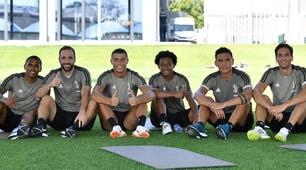 Juventus, Cristiano Ronaldo si allena alla Continassa: prime corse e tanti sorrisi