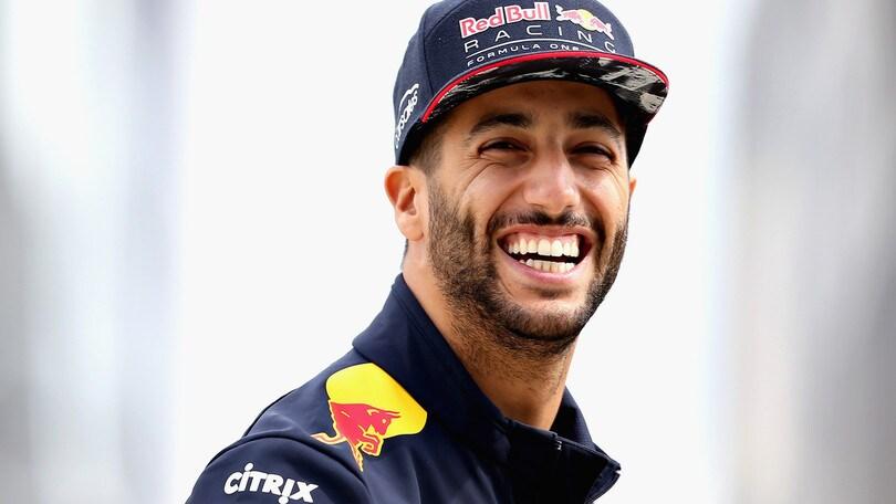 F1, ufficializzato il passaggio di Ricciardo alla Renault