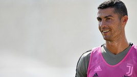 Juventus, Cristiano Ronaldo si allena in rosa