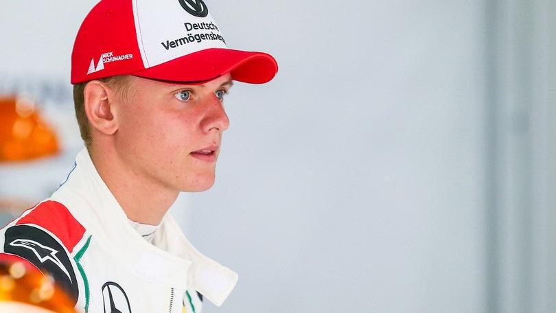 F3: a Nurburgring vince ancora Schumacher junior