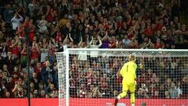 Liverpool, Anfield perdona Karius: standing ovation per il portiere tedesco