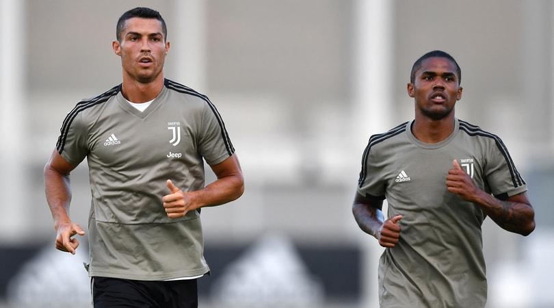 """Juve, Douglas Costa: """"Grazie a Cristiano Ronaldo siamo tutti più magri"""""""