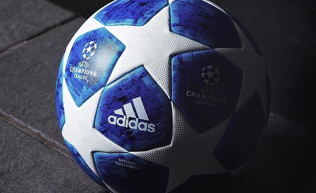 Champions League, ecco il nuovo pallone blu