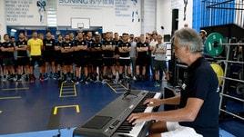Inter, che sorpresa: ad Appiano canta Bocelli!