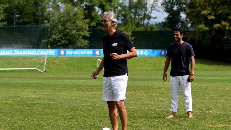 03b1ddb6e9122 Inter, che sorpresa: ad Appiano canta Bocelli! - Corriere dello Sport
