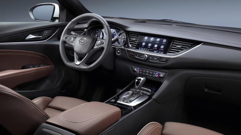 Opel Insignia sempre più connessa