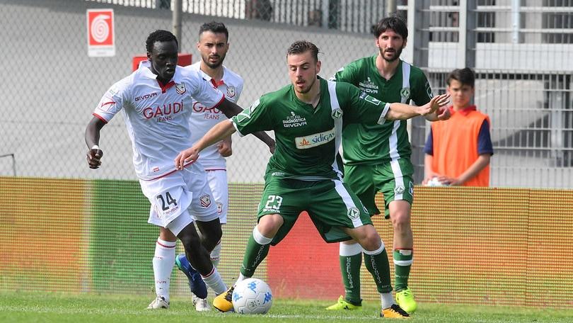 Calciomercato Catanzaro ufficiale: De Risio firma un biennale