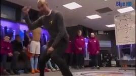 Manchester City, Guardiola show nello spogliatoio