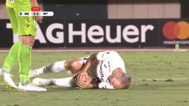 J-League, fallaccio su Iniesta, paura per lo spagnolo