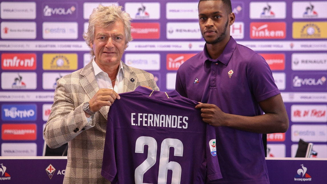 Le foto della presentazione del nuovo centrocampista viola con Antognoni