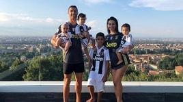 Ronaldo sempre più bianconero: veste anche la famiglia!