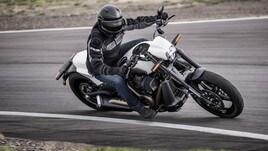 Harley-Davidson FXDR 114 2019: muscoli a stelle e strisce