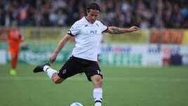 Calciomercato Novara, Cacia firma fino al 2020
