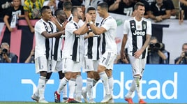Juventus-Lazio 2-0: Pjanic e Mandzukic gol, Allegri a punteggio pieno