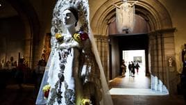 Moda e cattolicesimo impazza al Met