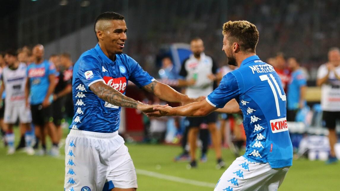 Le foto della sfida del San Paolo: è finita 3-2, dopo le reti rossonere di Bonaventura e Calabria è arrivata la reazione degli azzurri con la doppietta di Zielinski e il gol decisivo di Mertens