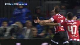 PSV, doppietta da eroe per De Jong