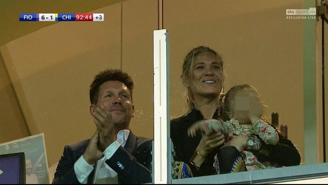 Le foto dell'allenatore dell'Atletico Madrid in tribuna la Franchi per assistere alla partita del figlio Giovanni contro il Chievo vinta 6-1 dalla squadra di Pioli