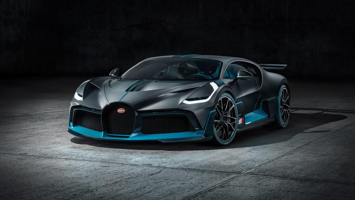 Presentata a Monterey in California e pensata per gratificare il piacere di guida: una Bugatti tra le curve e per le curve in soli 40 esemplari.