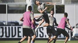 Juventus, Cristiano Ronaldo show: spettacolo in allenamento