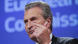 Oettinger minaccia penalità all'Italia