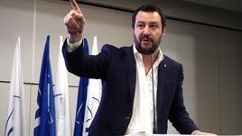 Salvini, 40mila respinti, Macron taccia