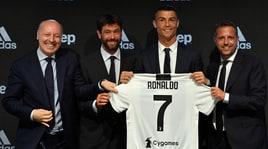 Juventus, Marotta e Mendes contro l'Uefa: «Meritava Cristiano Ronaldo»