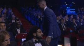 Ramos-Salah, è ancora gelo: la provocazione diventa virale