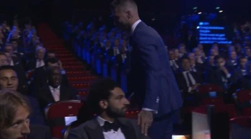 Salah non 'perdona' Ramos: non risponde al saluto